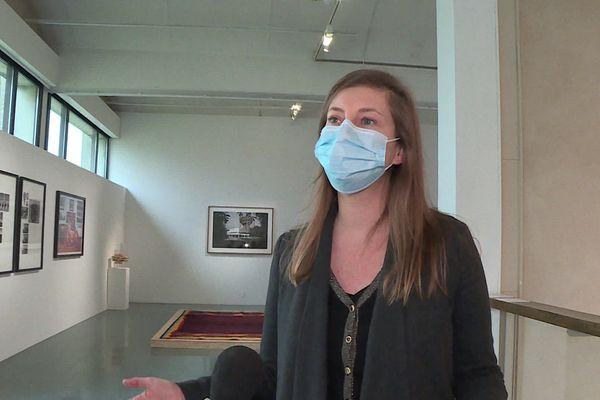 Lucy Hofbauer souhaiterait ouvrir le Quadrilatère à un public restreint. 50 personnes circulant dans un sens unique.