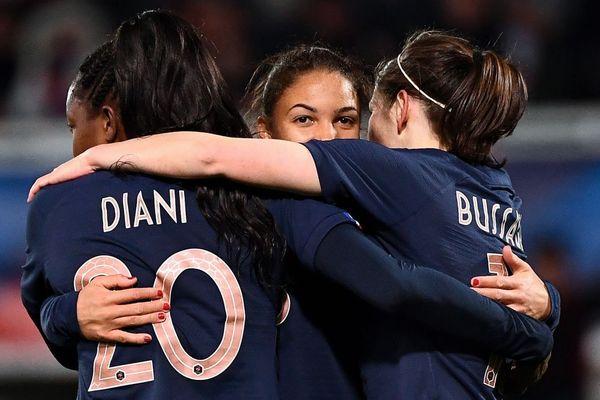 Les joueuses de l'équipe de France de football ont battu les Japonaises à Auxerre jeudi 4 avril 2019, lors d'un match de préparation de la coupe du monde.