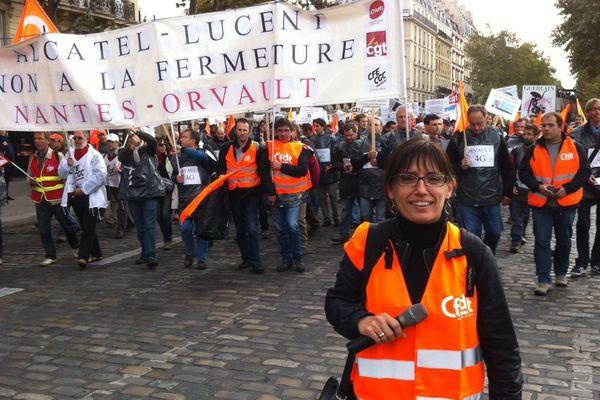 Les salariés d'Alcatel à Orvault lors du défilé parisien contre les suppressions de postes le 15 octobre 2013