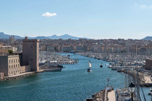 Illustration. Le Vieux-Port de Marseille (Bouches-du-Rhône)