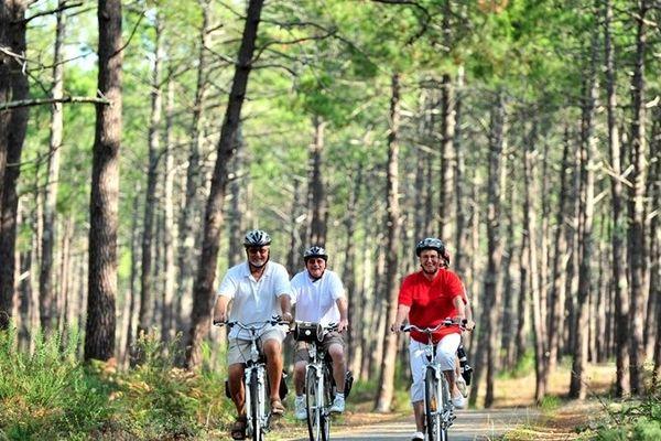 Les pistes landaises sont un paradis pour les amateurs de vélo