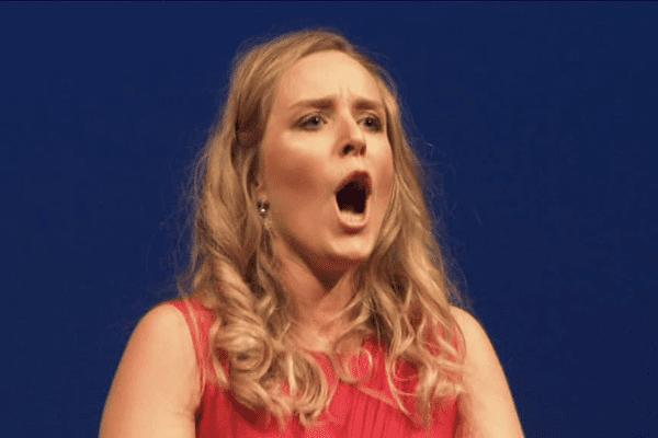 La Rennaise Inès Lorans, soprano, remporte la finale régionale du concours lyrique Voix Nouvelles