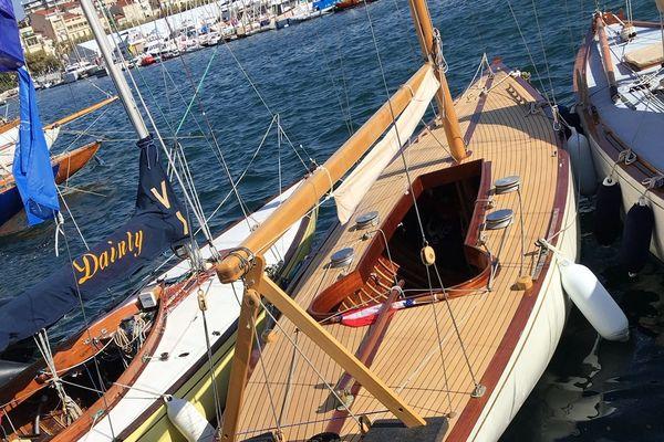 Le voilier lorrain Azaïs devient Monument Historique. L'équipage l'a appris juste avant sa seconde participation aux Régates Royales de Cannes, mercredi 26 septembre 2018.