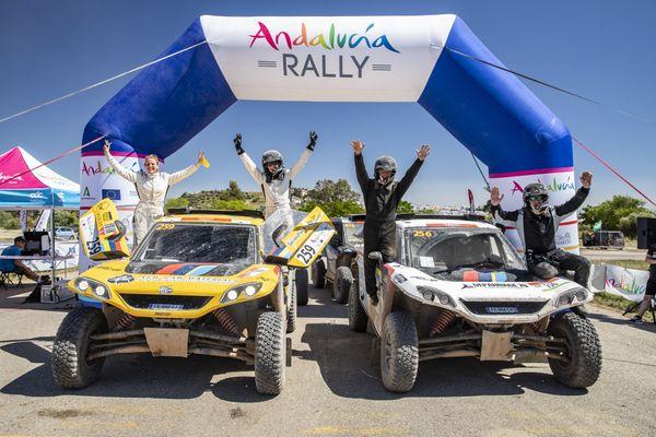 Fanny Jacquot et Marie Marconnot, vainqueurs de l'Andalucia Rallye 100% féminin.
