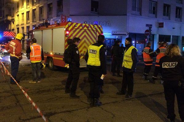 Dix personnes ont été évacuées dont deux blessés légers.