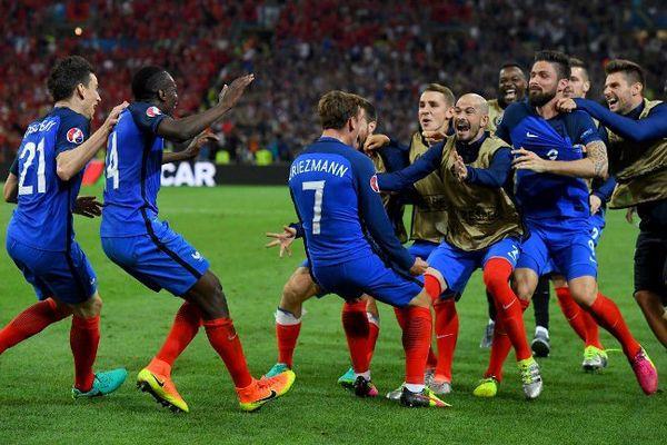 L'équipe de France après le but d'Antoine Griezmann contre l'Albanie le 15 juin