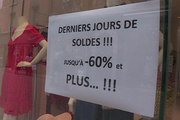 Les commerçants grenoblois accusent le coup après des soldes décevants cet été.