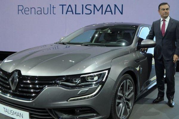 La nouvelle Renault Talisman présentée par le PDG de Renault Carlos Ghosn.