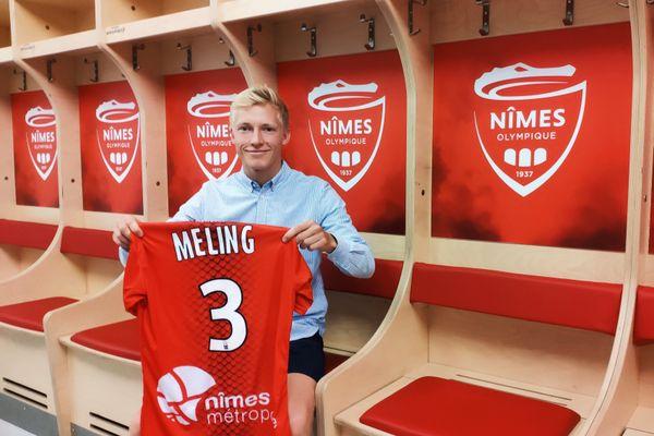 Né à Stavanger en Norvège, le joueur de 25 ans totalise 11 sélections avec l'équipe nationale de Norvège.