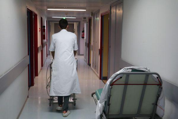 Selon le projet de loi relatif à la gestion de la crise sanitaire, le personnel soignant est soumis à l'obligation vaccinale