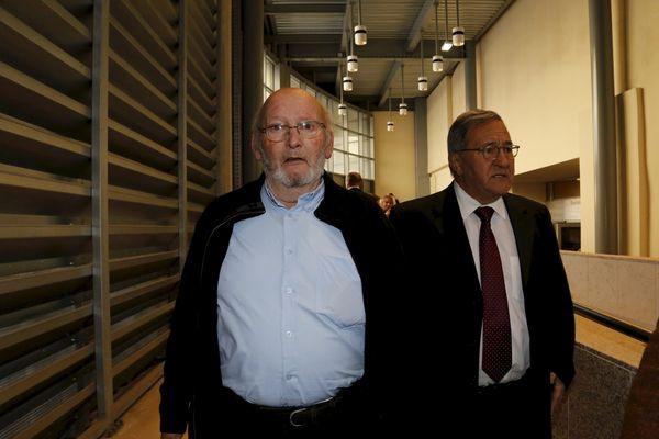 Arrivée de Jean Claude MAS ,accompagné par un de ses deux avocats Yves Haddad