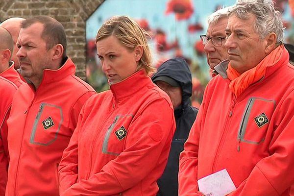 Anne Thorel (au centre) a été la première femme du Nord Pas-de-Calais à s'engager dans le sauvetage en mer.