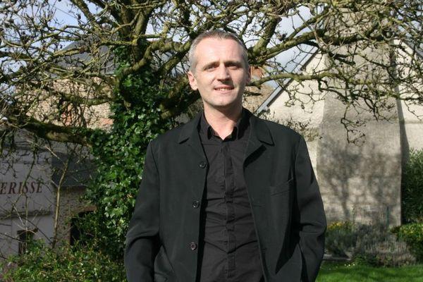 Pascal Hervé, le maire infatigable de Bazouges-la-Pérouse