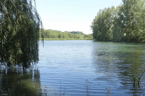 Le lac de Montbrun-Lauragais