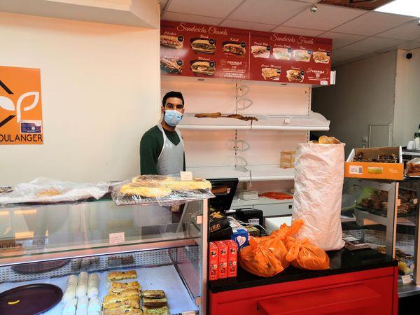 Le boulanger de Poitiers qui donne du pain aux étudiants