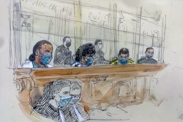 À gauche, Ayoub El Khazzani. L'avocat général a requis la réclusion criminelle à perpétuité contre le tireur.