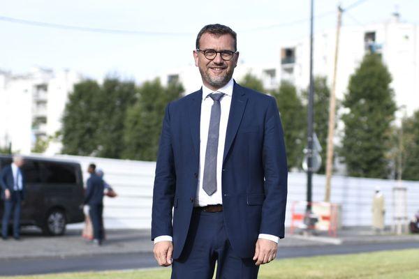 Olivier Klein, maire sortant de Clichy-sous-Bois et candidat à sa réélection, à proximité du parc de la Dhuys.