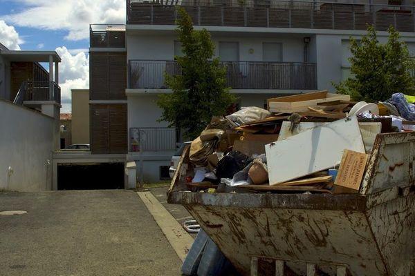 Nettoyage dans le quartier des Quéfets à Tournefeuille