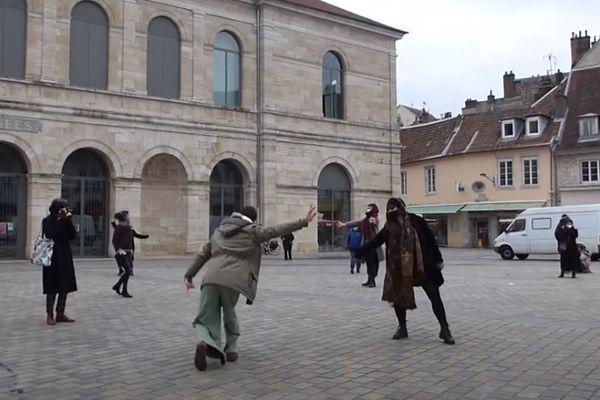 Let'dance dans les rues de Besançon.