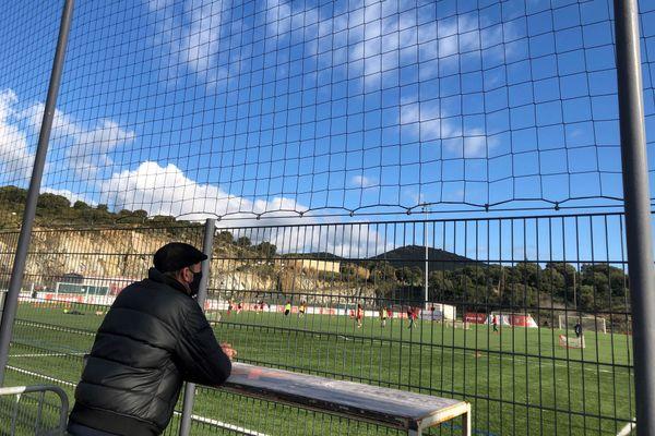 Le 14 janvier dernier, 15 joueurs du centre de formation de l'AC Ajaccio et du club de formation du GFCA ont été testés positifs au Covid-19.