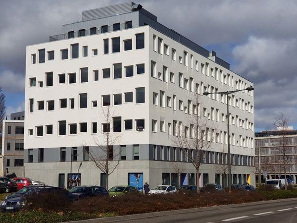L'Institut Prévention Santé Diabète Grand Est est installé dans l'immeuble « Racine situé 9 rue Albert Calmette à Hautepierre.