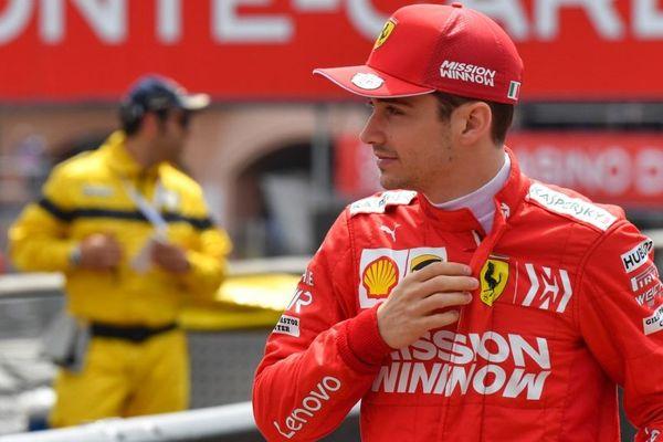 Vettel a lui terminé en tête de cette Q1 alors que le jeune Charles Leclerc était avec sa 16e position le premier des pilotes éliminés.