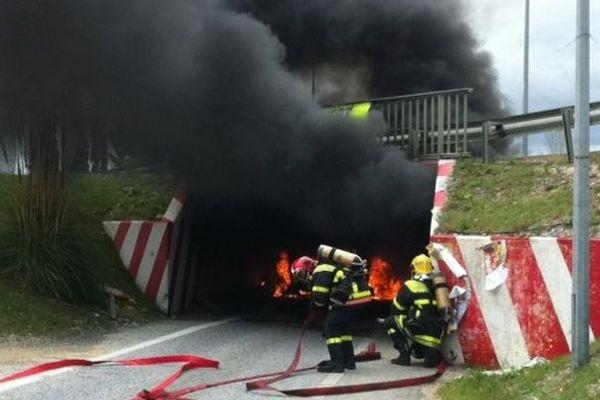 L'incendie s'est déclaré dans le tunnel