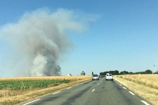 Un feu de récolte important s'est déclenché dans la commune de Blicourt, causant le décès d'un agriculteur