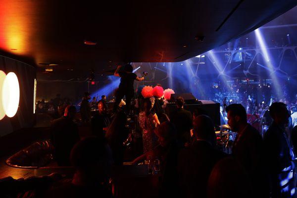 Pour l'instant, les discothèques ne doivent réouvrir qu'en septembre