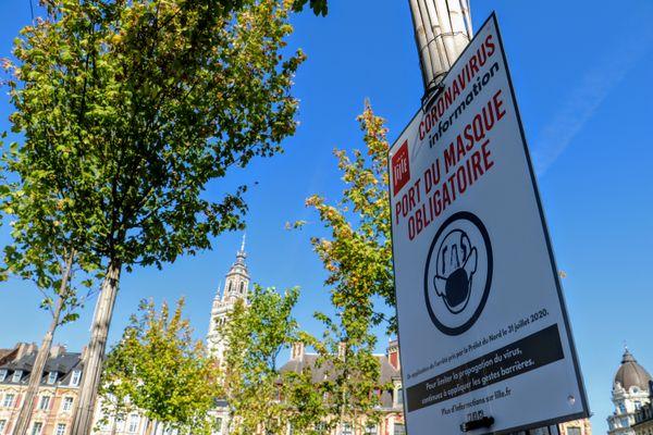 """Une zone """"port du masque obligatoire"""" à Lille - Photo d'illustration"""