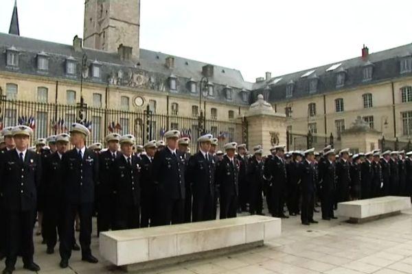 La cérémonie a rassemblé aussi d'anciens militaires ayant connus les escadrons de la BA102