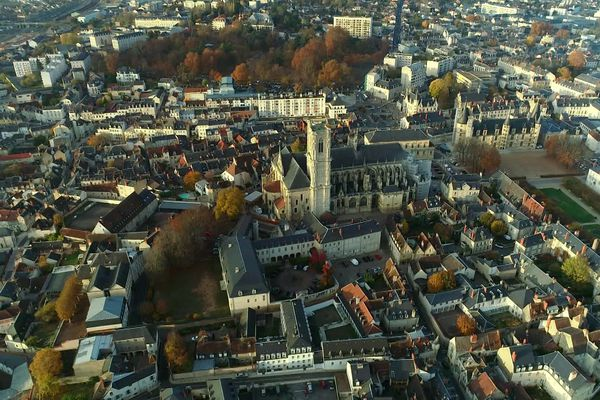 Nevers et sa cathédrale.