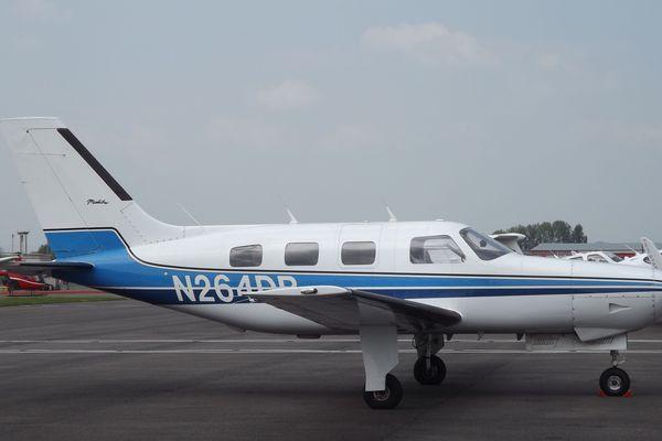 Le Piper Malibu N264DB à bord du quel Emiliano Sala a disparu, photo prise le 12 mai 2016 à l'aéroport de Gloucestershire