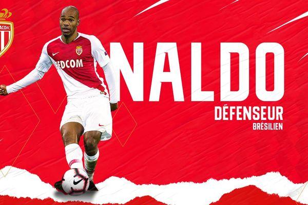 Le défenseur brésilien de 36 ans vient d'arriver à Monaco. Objectif : faire remonter le club en bas du classement.