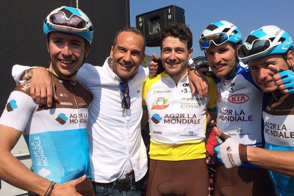Équipe AG2R La Mondiale avec son leader et maillot jaune Alexis Gougeard vainqueur de l'édition 2019