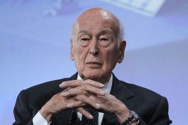 Après une plainte pour agression sexuelle, le parquet de Paris a annoncé lundi 11 mai l'ouverture d'une enquête visant Valéry Giscard d'Estaing.