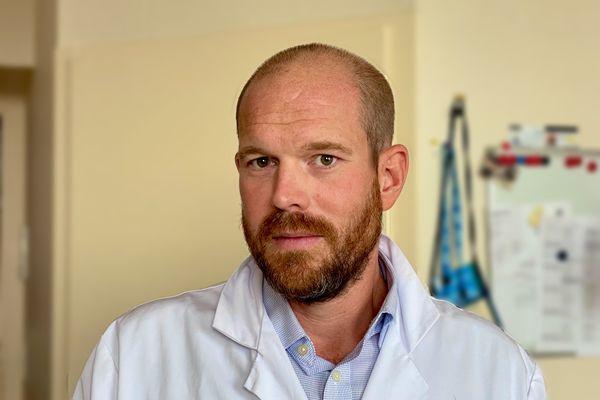 Julien Branchereau est chirurgien au CHU de Nantes, il a réalisé la première greffe combinée rein pancréas à partir d'un donneur décédé d'un arrêt cardio-respiratoire