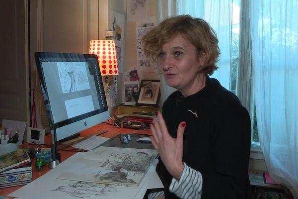 """L'illustratrice limougeaude Claire Gaudriot, le """"crayon le plus rapide de Limoges"""" !"""
