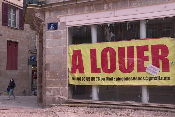 La mairie de Limoges veut taxer les propriétaires des locaux commerçants trop longtemps vacants.