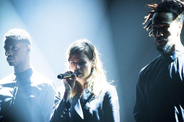 Christine and the Queens, lors d'un concert à Bruxelles, le 17 mars 2015.