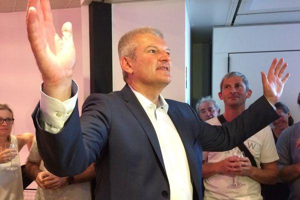 Olivier Falorni DVG a été facilement réélu dans sa circonscription, la 1ère de Charente-Maritime.