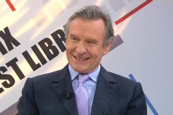 Le député UMP sortant Jean-François Mancel est arrivé largement en tête lors du premier tour de la législative partielle dans l'Oise.