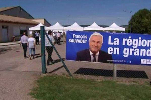 A Vitteaux, la Fête des Bourguignons et des Francs-Comtois prend des accents électoraux cette année.