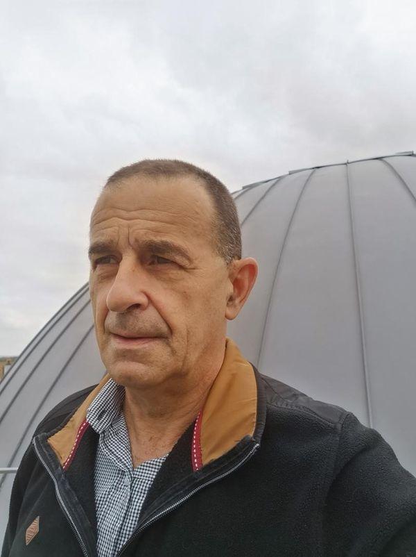 Didier Mathieu, le directeur du planétarium d'Epinal, lance un appel pour retrouver la pierre céleste