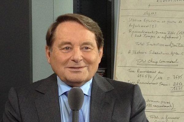 André Laignel, Maire PS d'Issoudun et 1er vice-président de l'Association des Maires de France