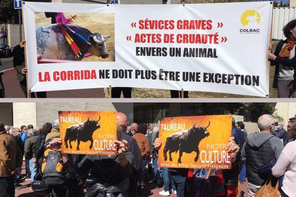 Le 24 mars, à Béziers, des manifestants pro et anti-corrida se sont rassemblés devant le tribunal correctionnel, à l'occasion du procès du torero Sébastien Castella, poursuivi par la SPA.