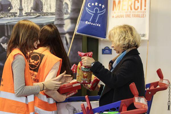 Conséquence inattendue du mouvement des gilets jaunes : la Banque Alimentaire craint une baisse des dons, à cause d'une baisse de la fréquentation des supermarchés