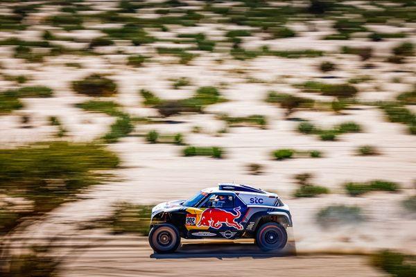 Dakar - 4ème étape : Sébastien Loeb une nouvelle fois quatrième