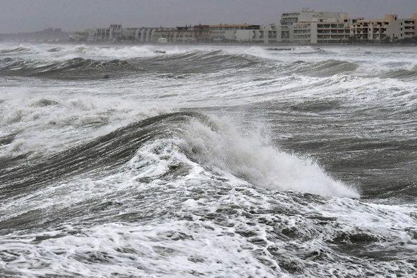 Grosses vagues sur la plage de Palavas - 13 octobre 2016