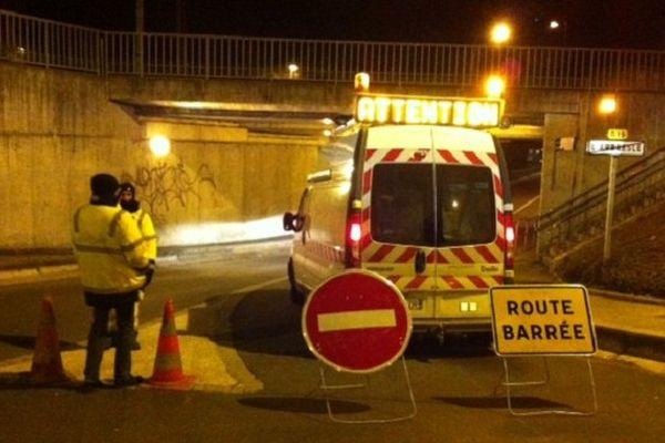 Les routes inondables ont été fermées pour éviter les accidents ...